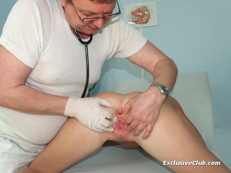 Trovatos zeigen sich nackt deeptroat extreme